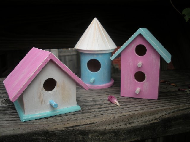 Funky Pastel Mini Birdhouses - Click to Enlarge Photo