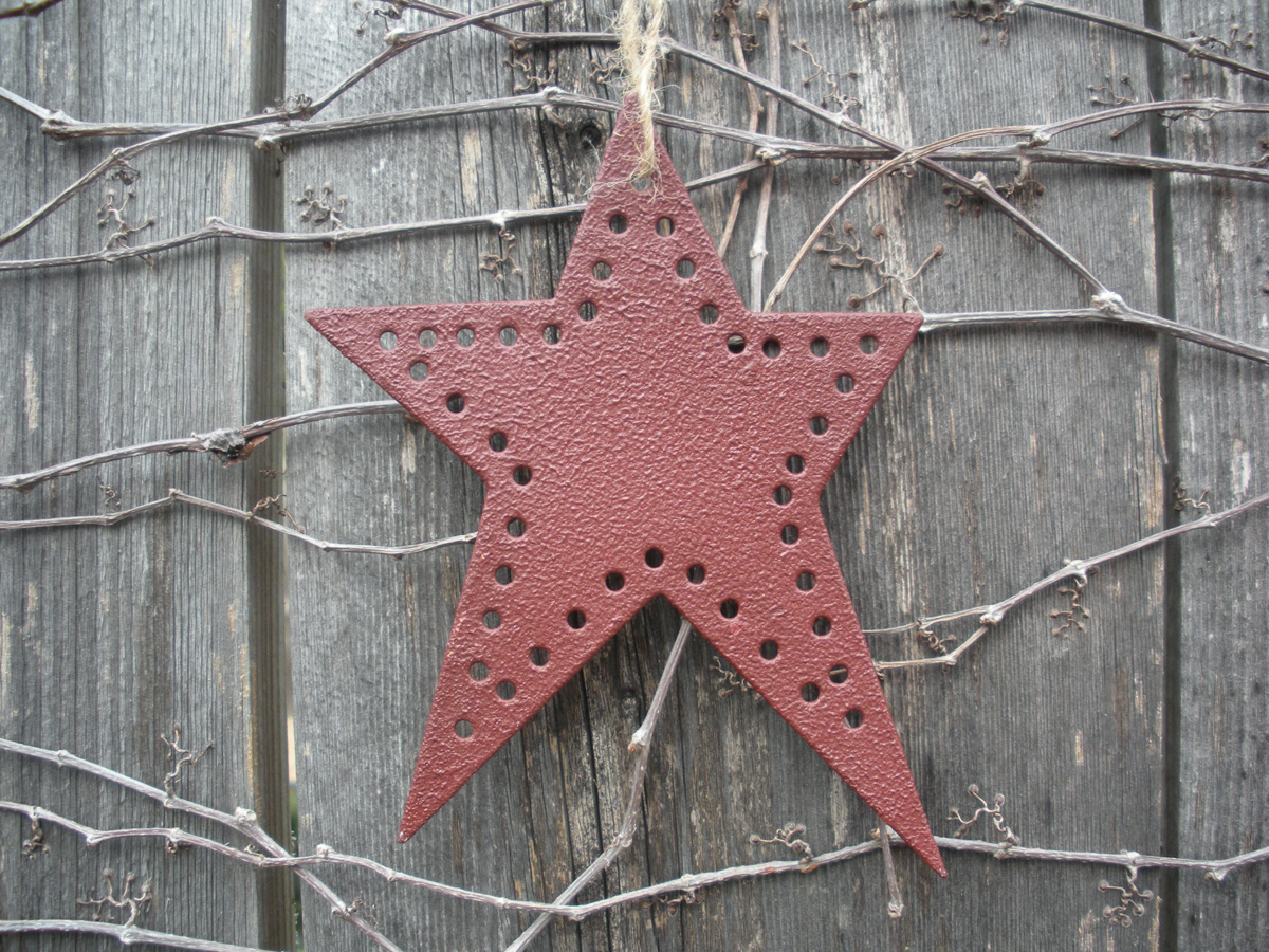Primitive Star Ornament - Click to Enlarge Photo